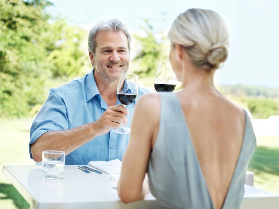Sarasota Lifestyle_Couple_Drinks