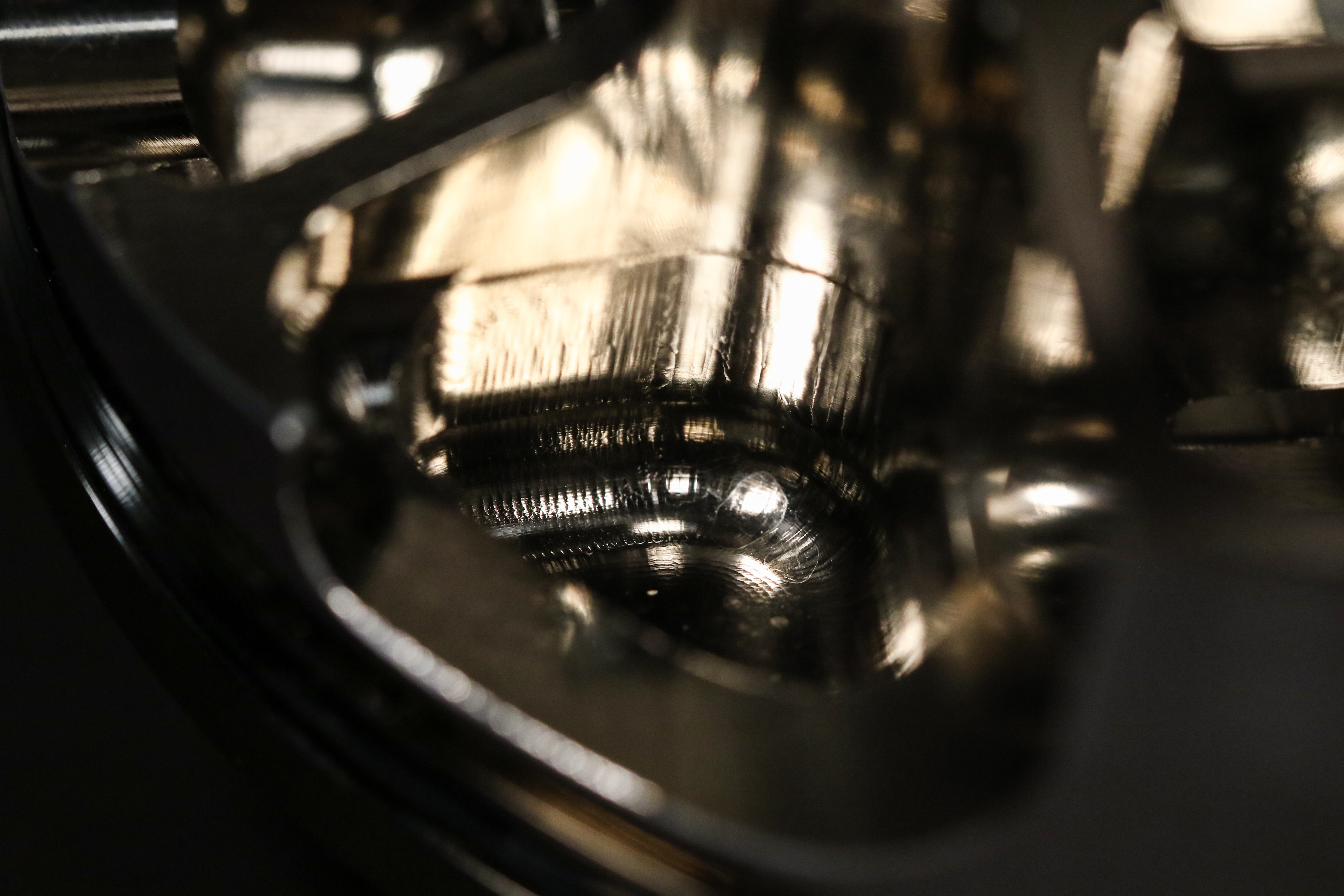 What is Electroless Nickel Coating for Pistons?