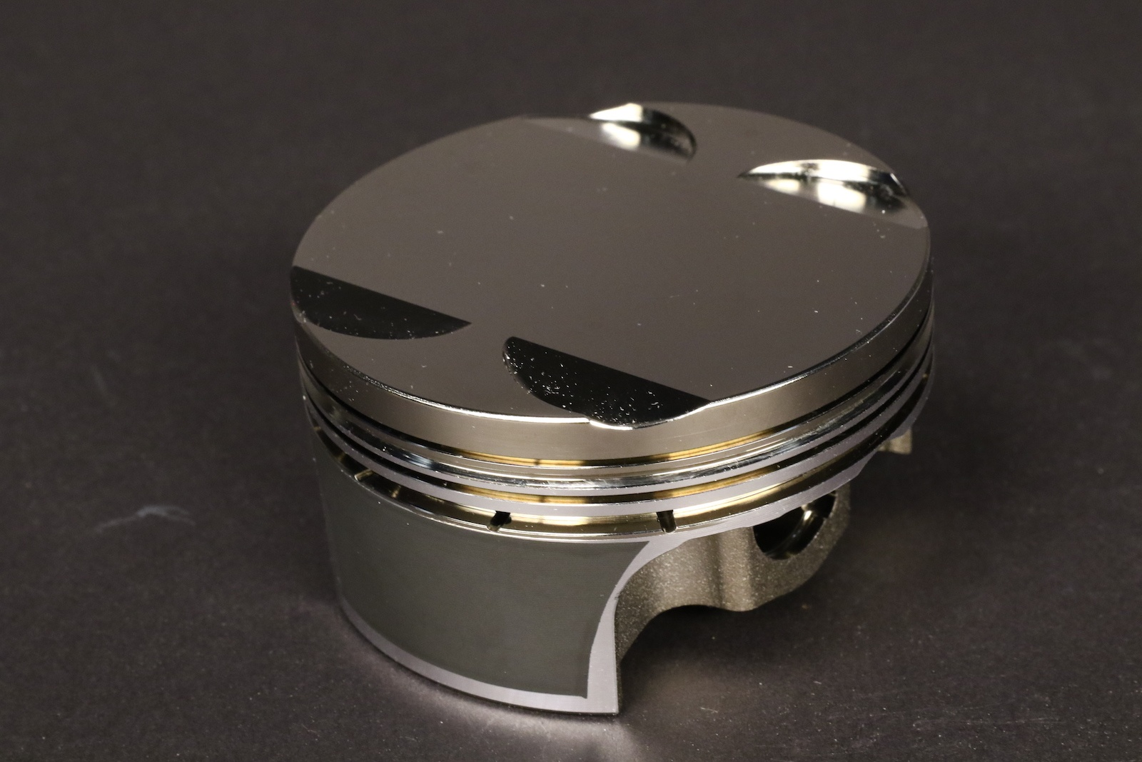 How Modern Piston Coatings Improve Performance