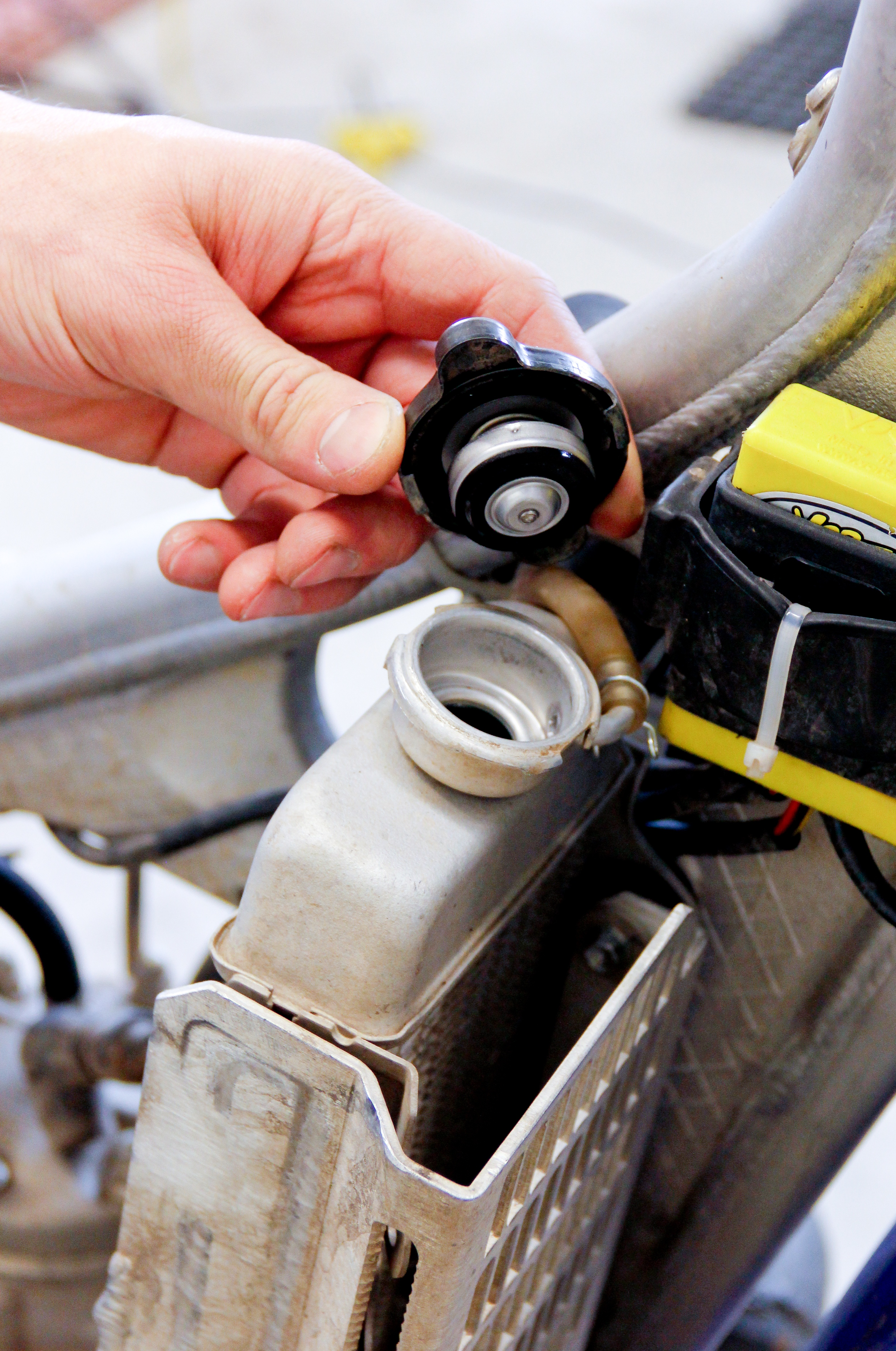 10 Signs Your 4-Stroke Engine is Getting Tired