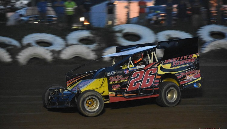 Under the Skin of Brandon Auman's Sportsman Modified Racer