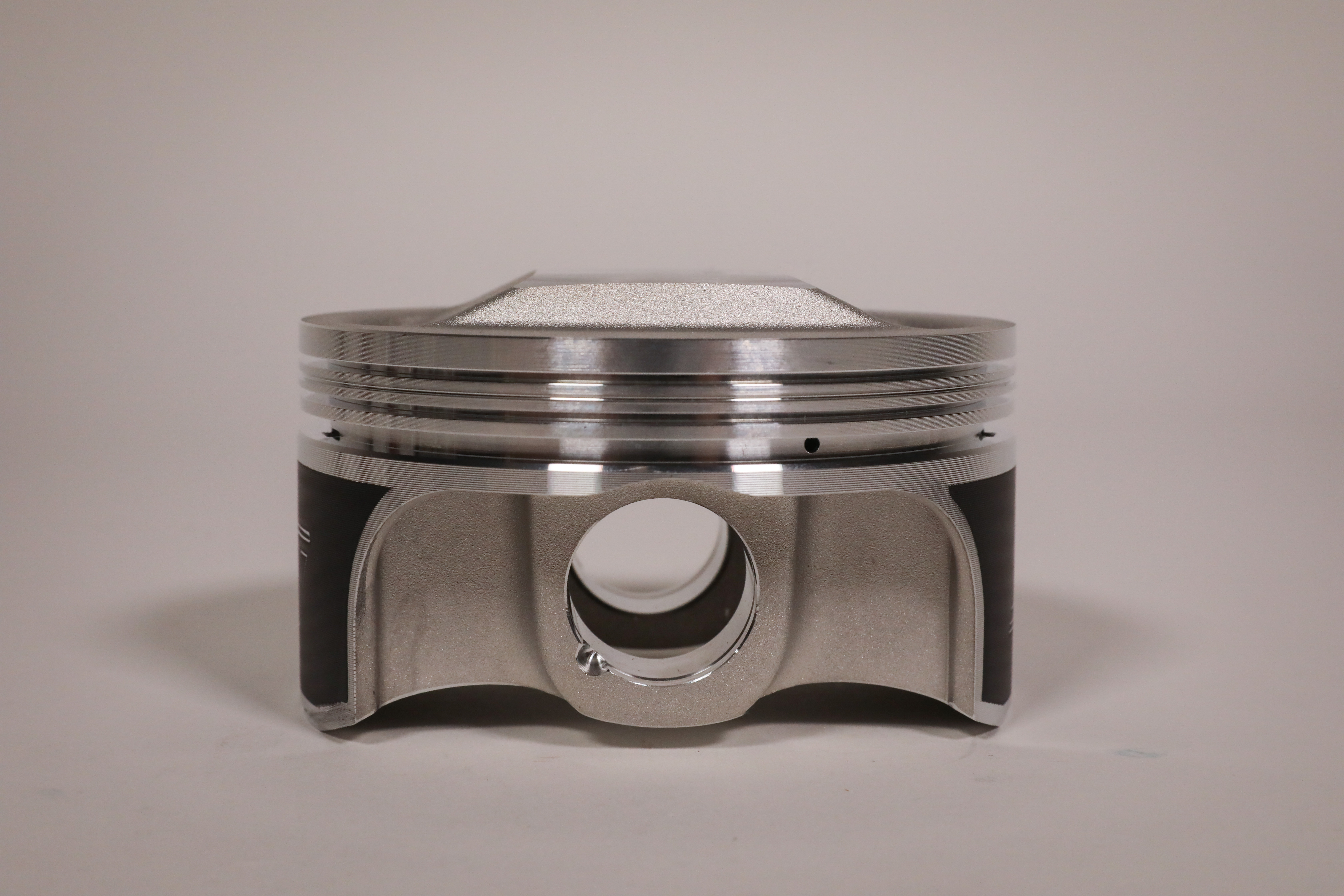 wiseco_tracker_pistons-26