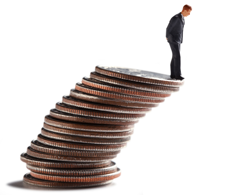 reduce financial risks with payroll solutions