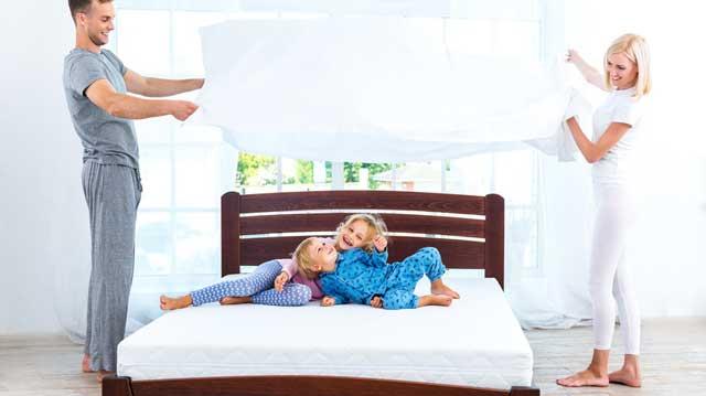 Die Matratze Furs Doppelbett Eine Grosse Oder Zwei Kleine