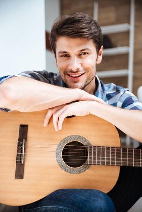 apprendre guitare ou basse