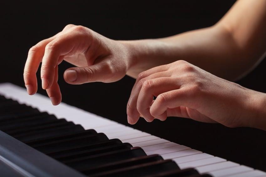 comment jouer la lecon de piano