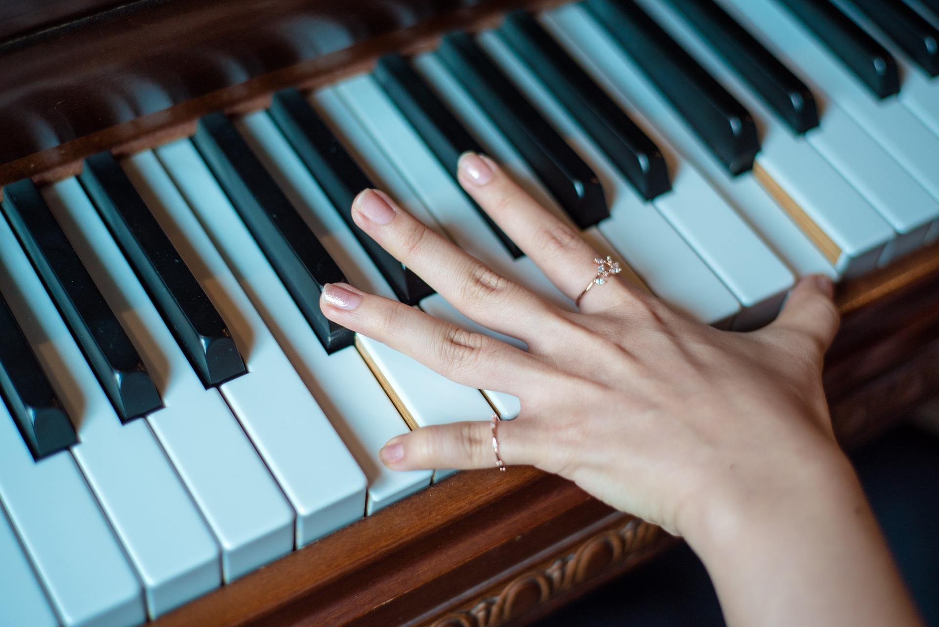 piano-pouce