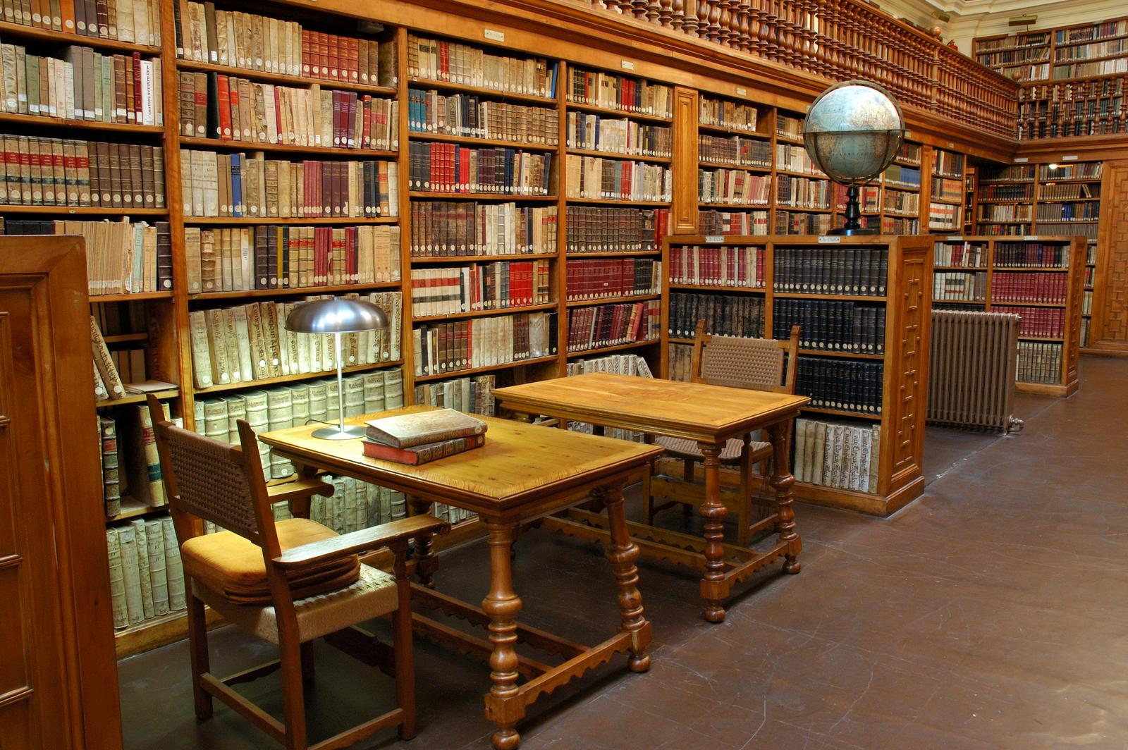 Libraries and Special Collections: Visiting the Biblioteca de Montserrat