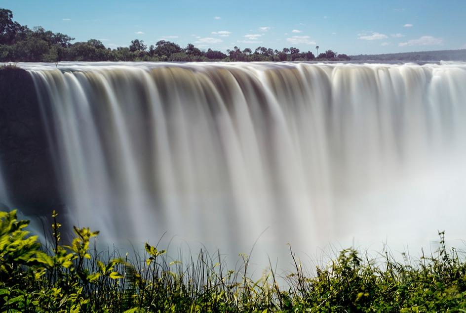 victoria-falls-waterfall-xambia