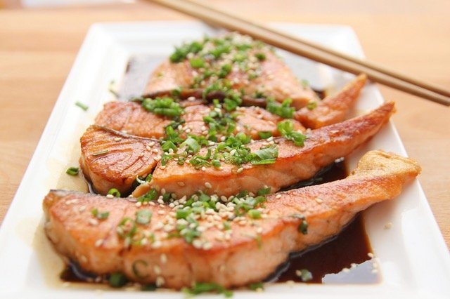 food-salmon-teriyaki-cooking.jpg