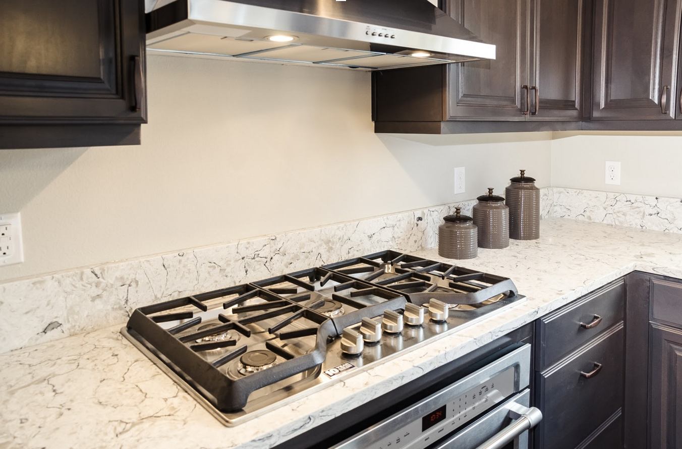 Your Complete Guide to Choosing Quartz or Granite