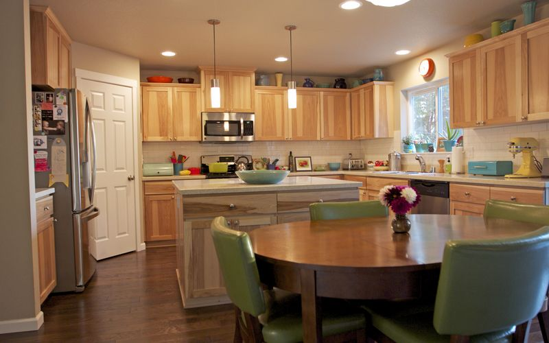 how to keep dark kitchen cabinets clean