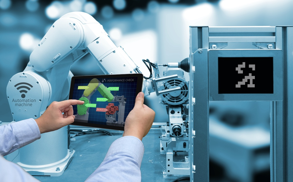 Smart Technology And Wearable Trends In Manufacturing