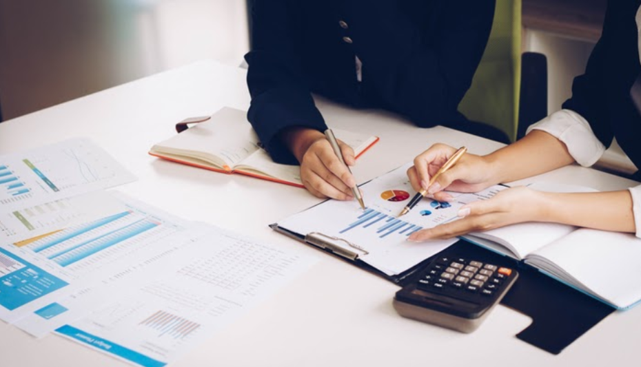 How Private Equity Firms Help Their Clients By Outsourcing Finance & Accounting