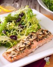 almond_crusted_salmon_pic.jpg
