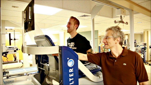 Hobbled By Injuries,SportsRadio 94WIP Program Director Spike Eskin Gets a Boost on MossRehab Running Clinic's Anti-Gravity Treadmill
