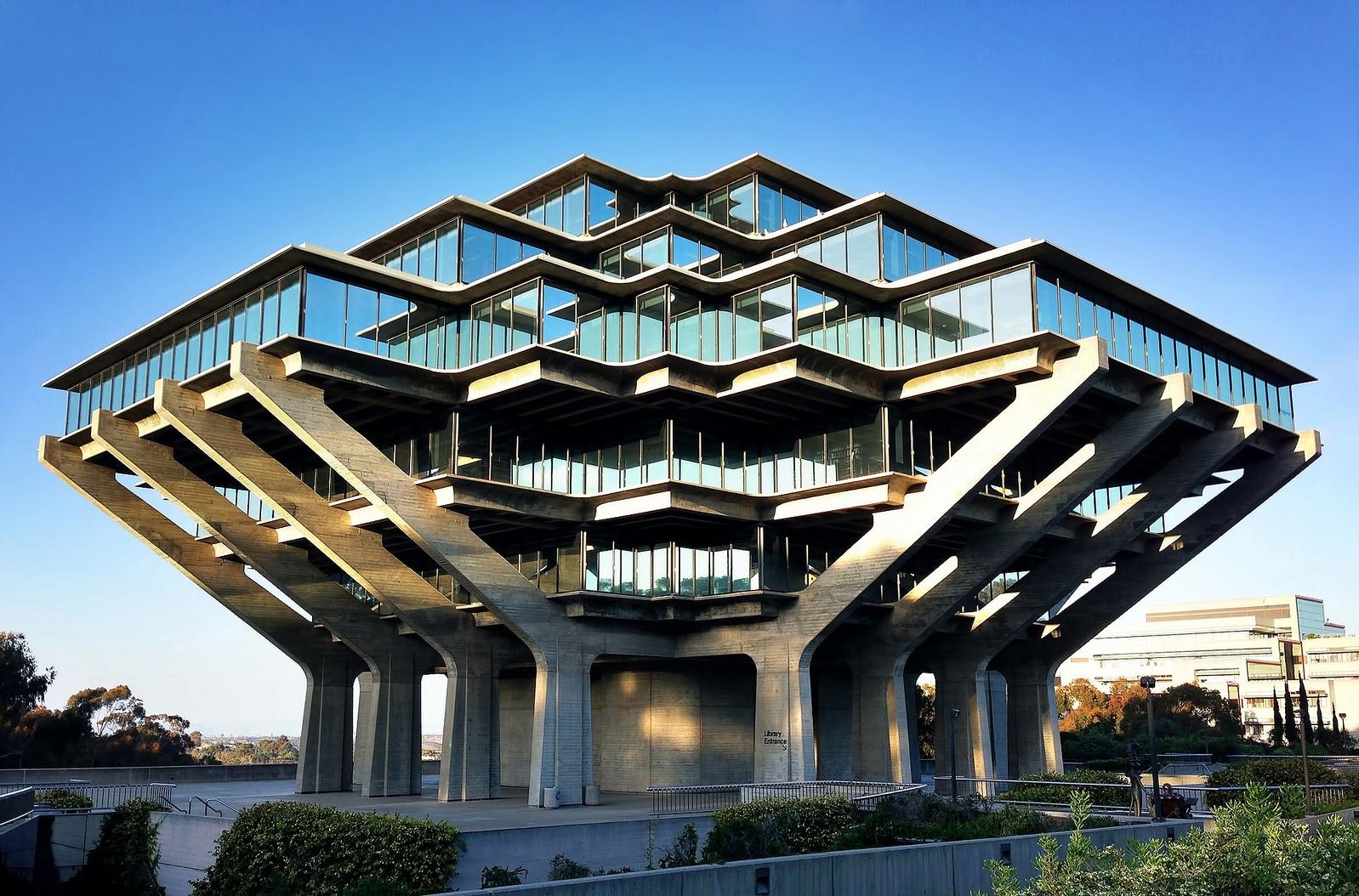 Brutalismus revival einer rohen sch nheit for Architektur brutalismus