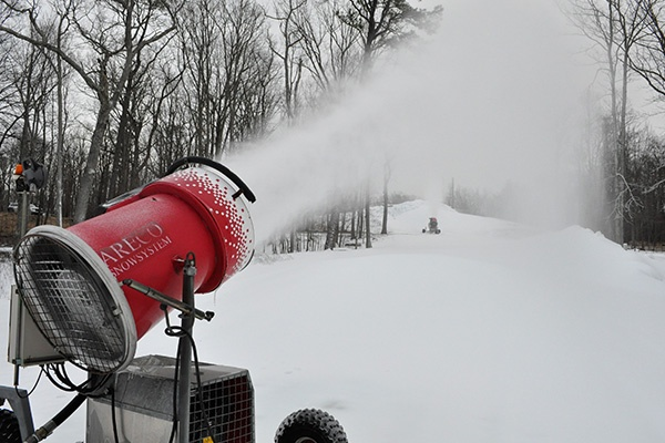 snow_guns.jpg