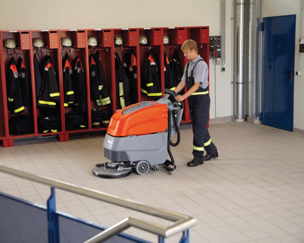 Scrubmaster B45 CL Industrial Battery Electric Floor Scrubber - 65cm