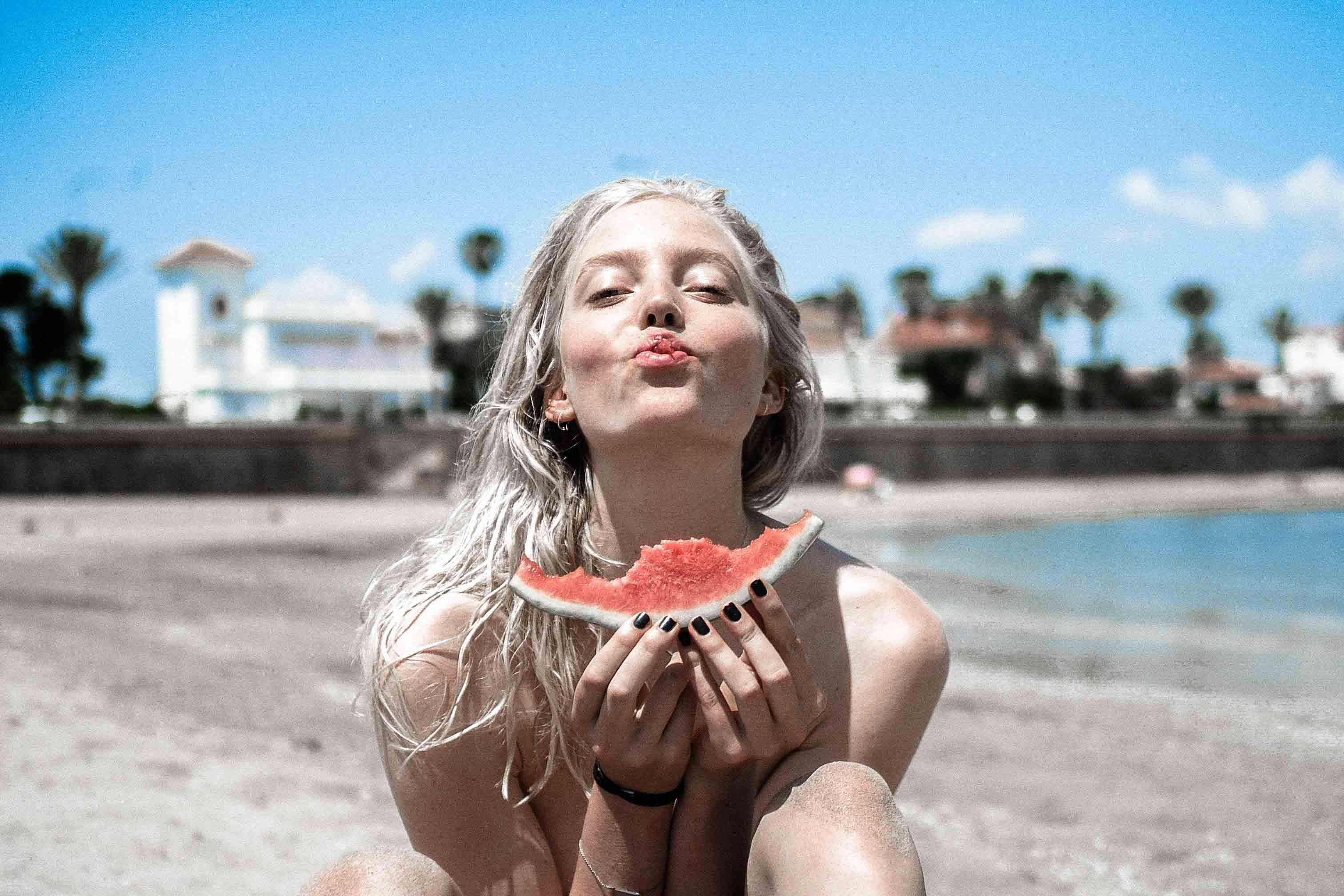 Glow from within - the best foods for your teeth and skin - yoursmiledirect