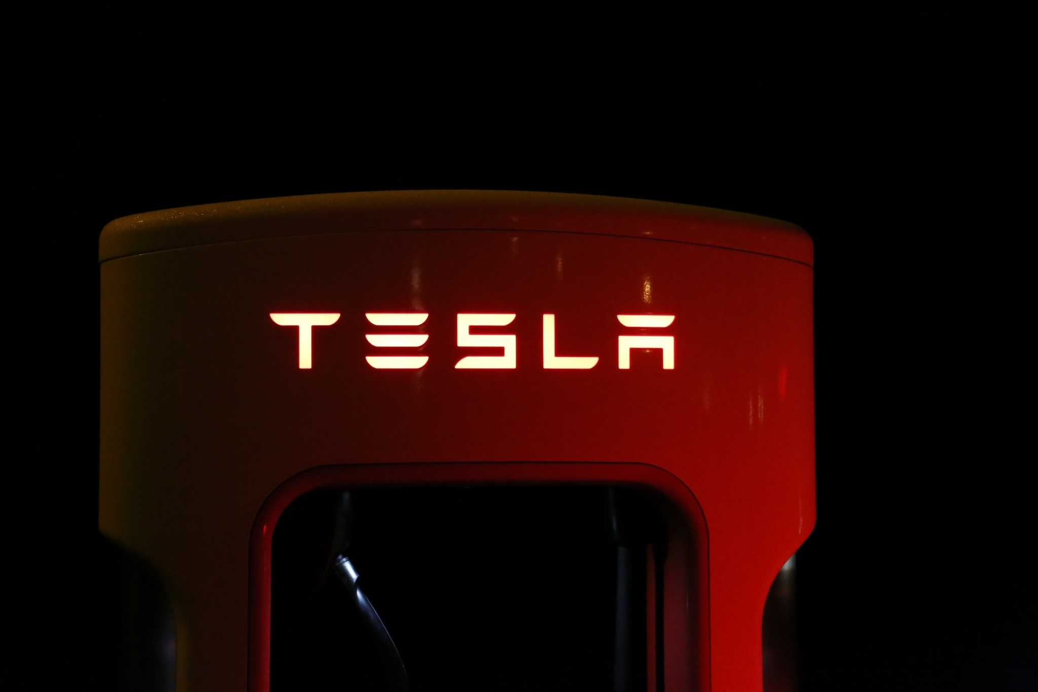 Electrify America Will Deploy Tesla Battery Packs to Store Energy at Charging Stations