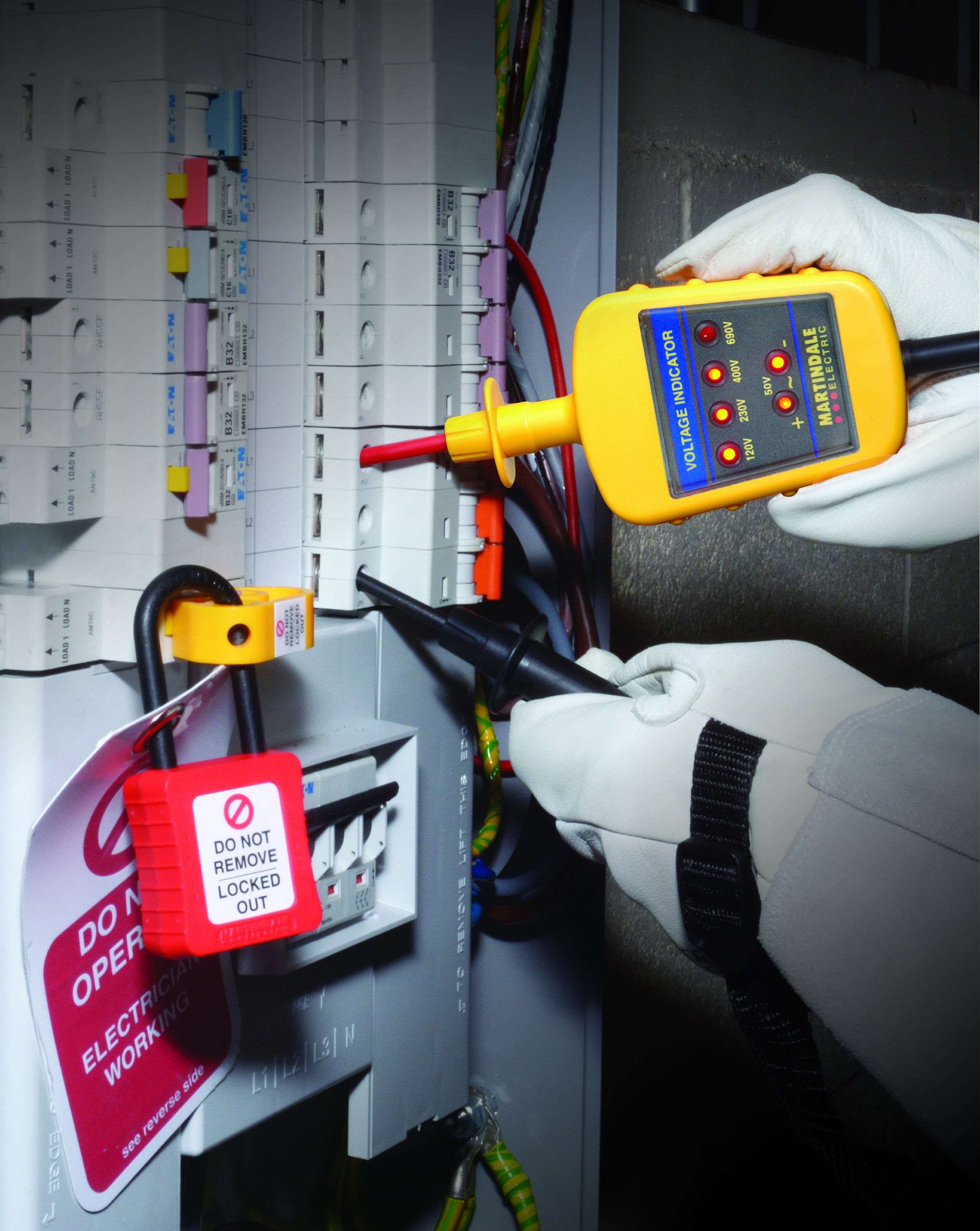 Electrical Safety Gear : The use of multimeters and proving units for your