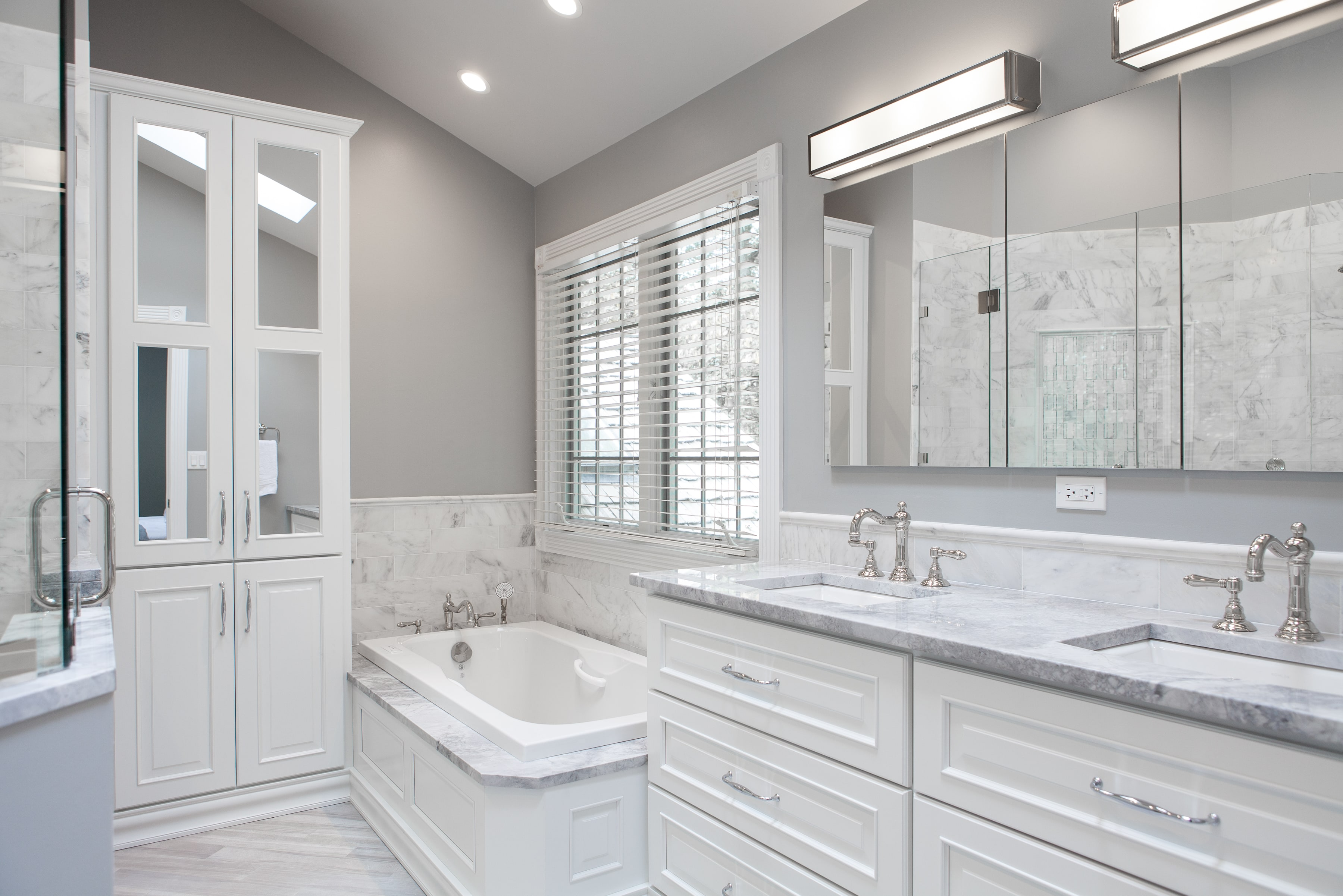 Astounding How Much Does A Bathroom Remodel Cost In The Chicago Area Beutiful Home Inspiration Semekurdistantinfo