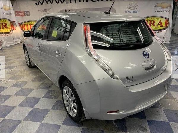 Used Nissan LEAF S, 2017