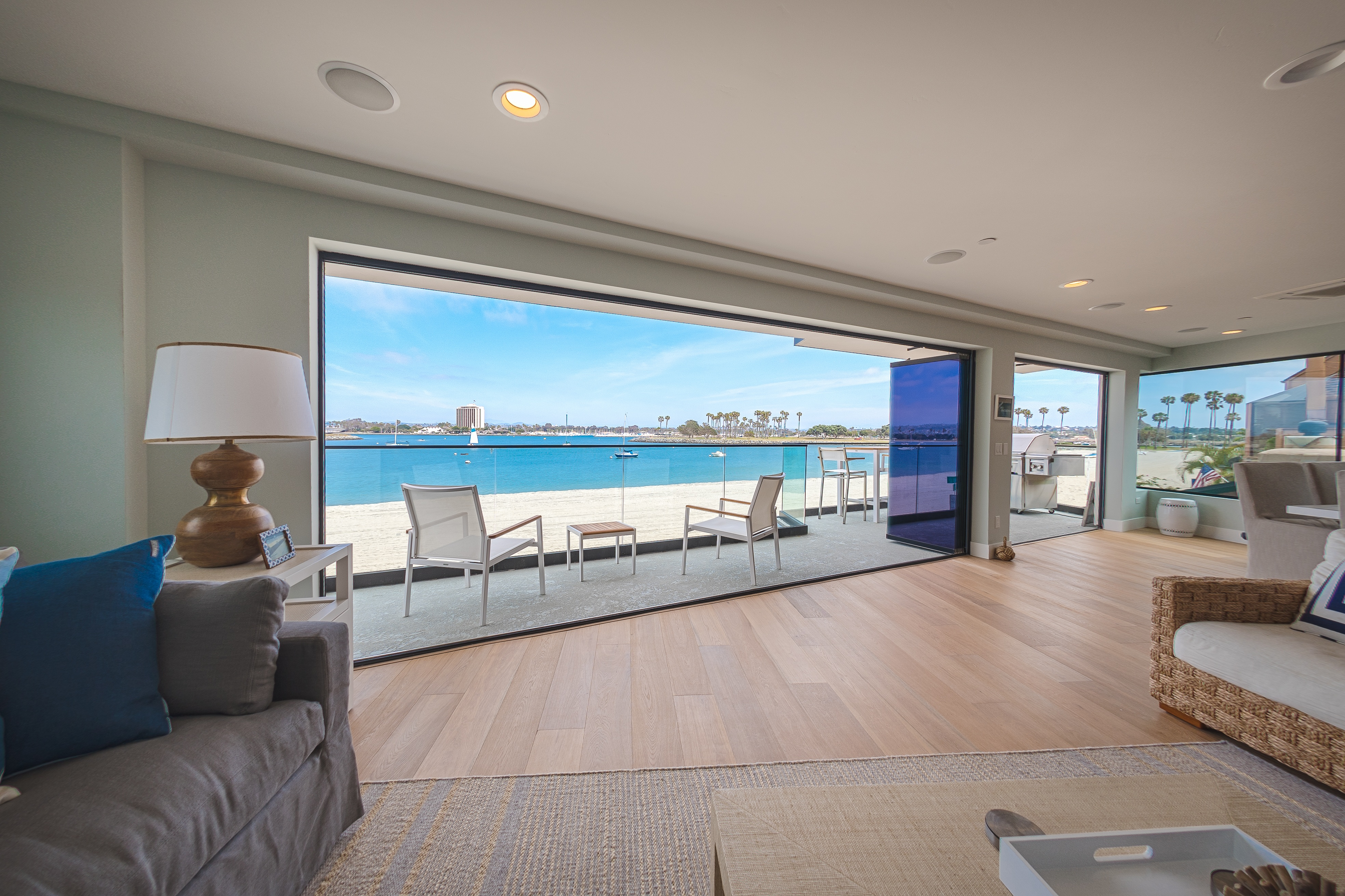 You dont have to be apple to enjoy frameless glass doors eventelaan Choice Image