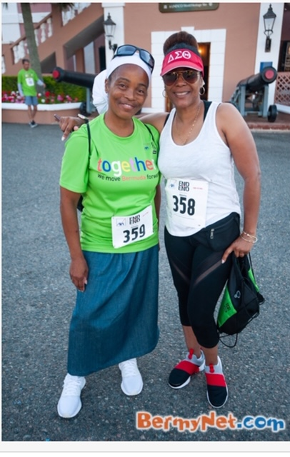 Glynnis and her aunt walk for charity