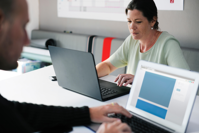 adult-brainstorming-business-440588.jpg