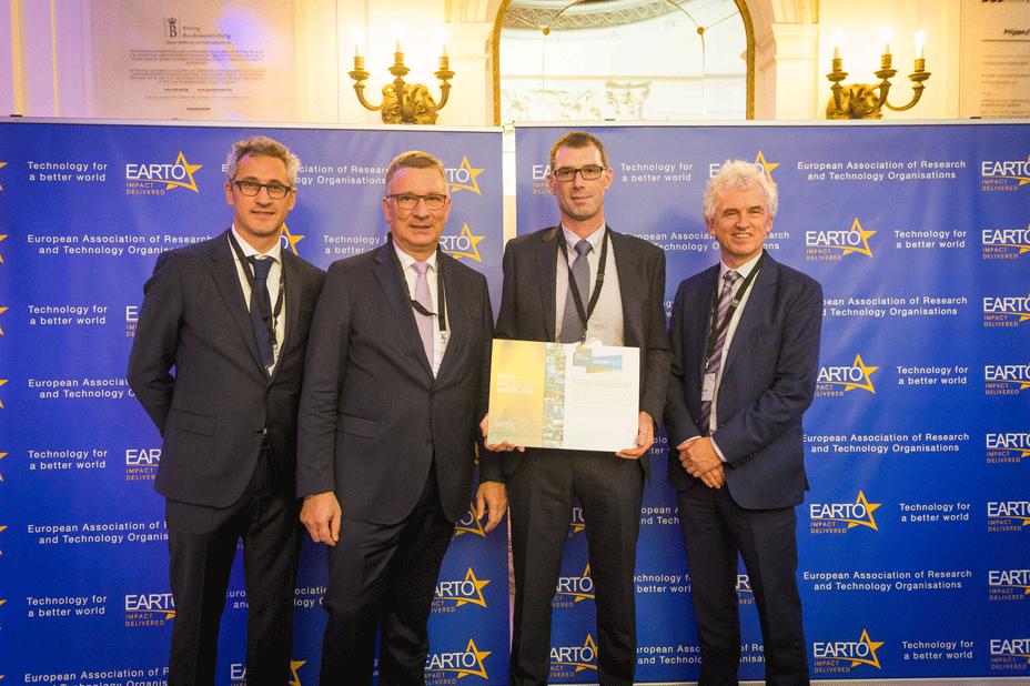 EARTO-award.png