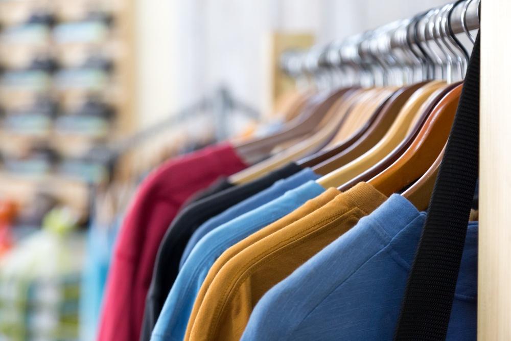apparel shop clothes-1