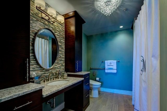 Contemporary_Arlington_Bathroom-973434-edited-063773-edited