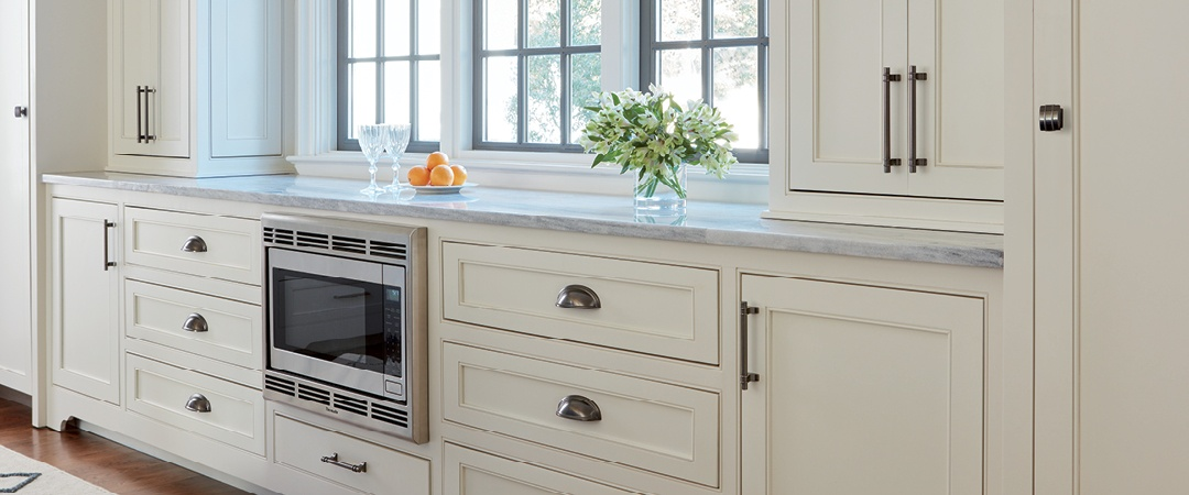 kitchen cabinet hardware trends press release amerock sets design trends for cabinet 5471