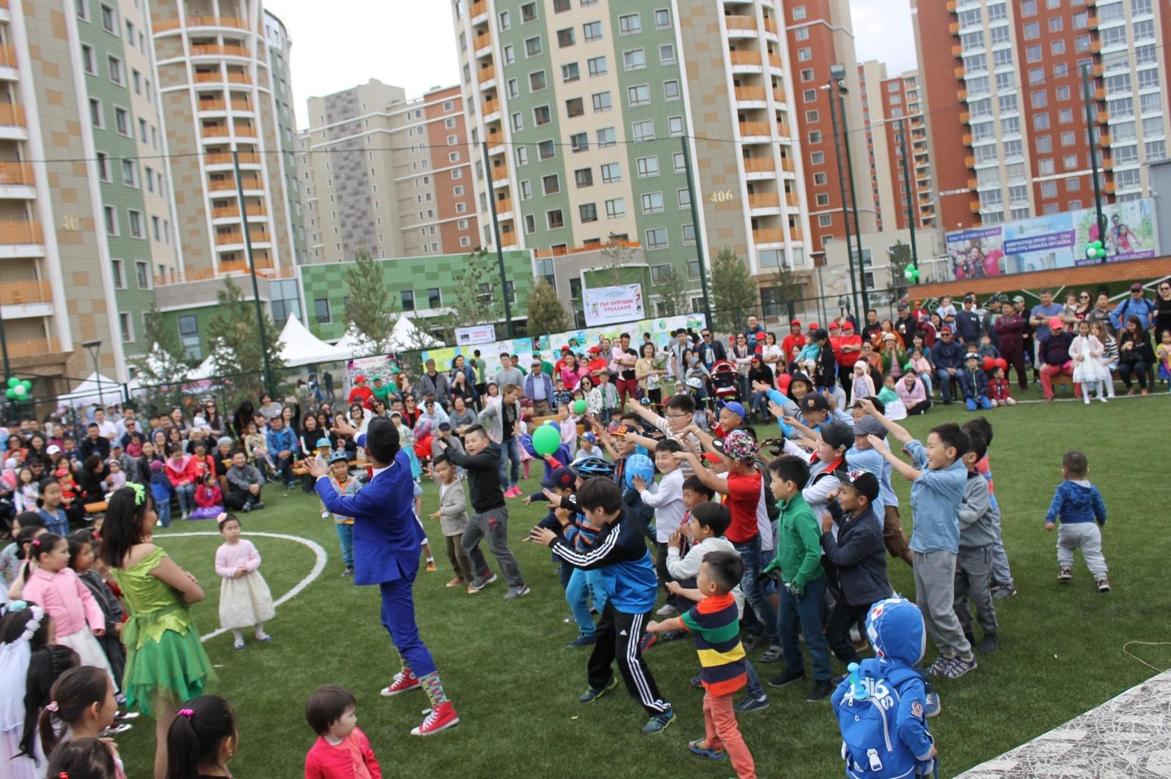River Garden Time Square СӨХ хүүхдийн баярын арга хэмжээ