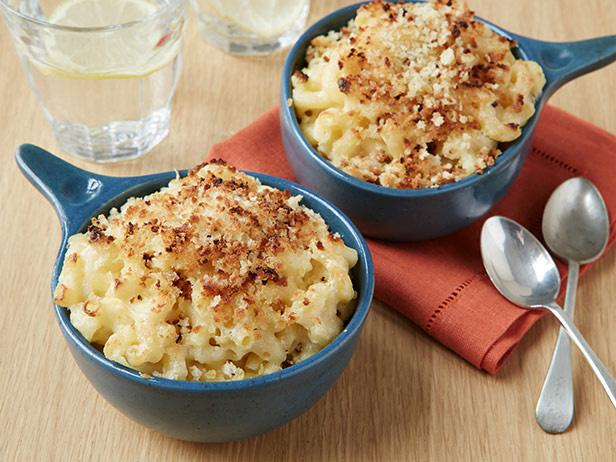 Baked_Mac_and_Cheese.jpeg