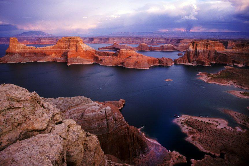 Lake-powell-wakeboarding
