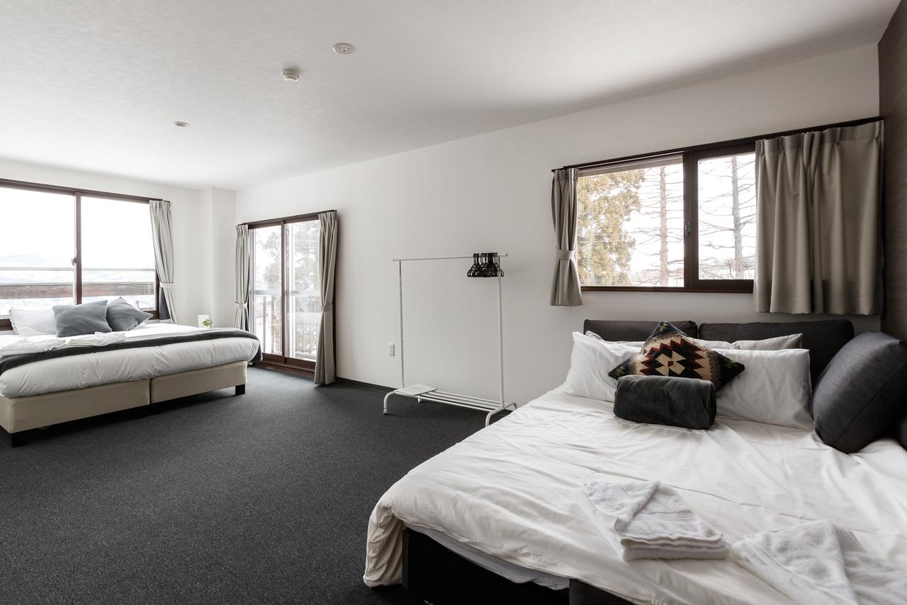 Deluxe Family Suite 2