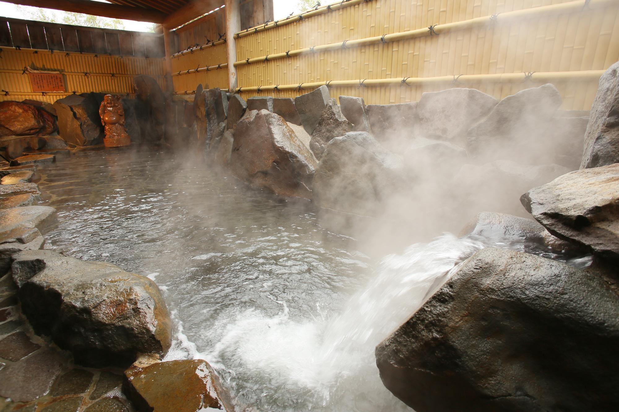 Madarao Kogen Hotel Outdoor Onsen