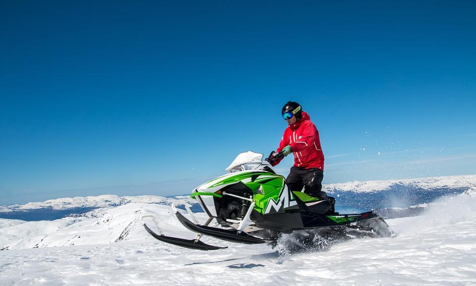 snowmobile-2322976_960_720