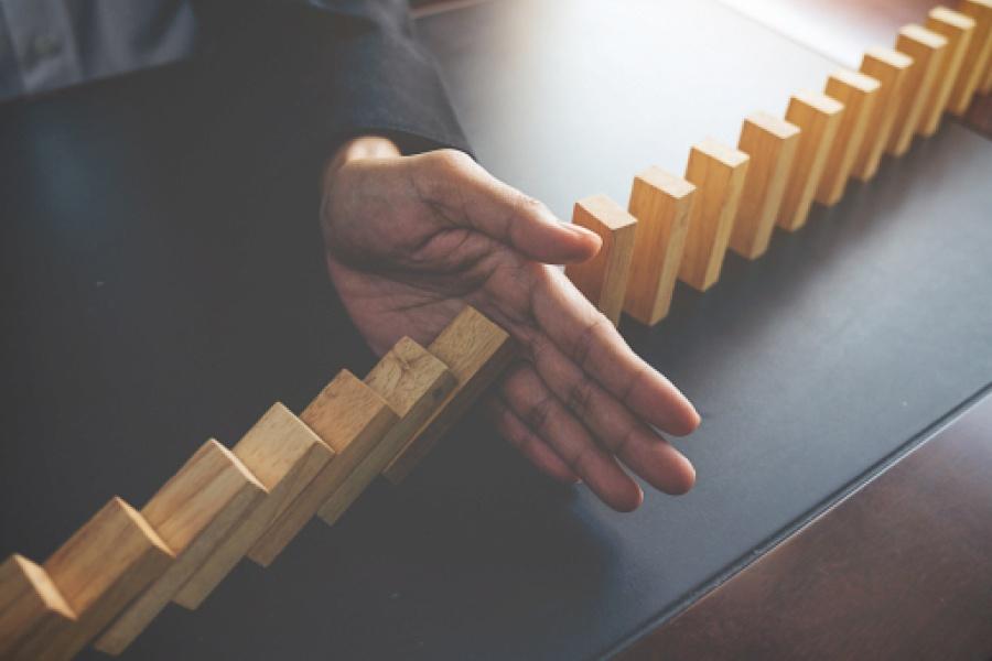 Dominoes complex benefits 1-1