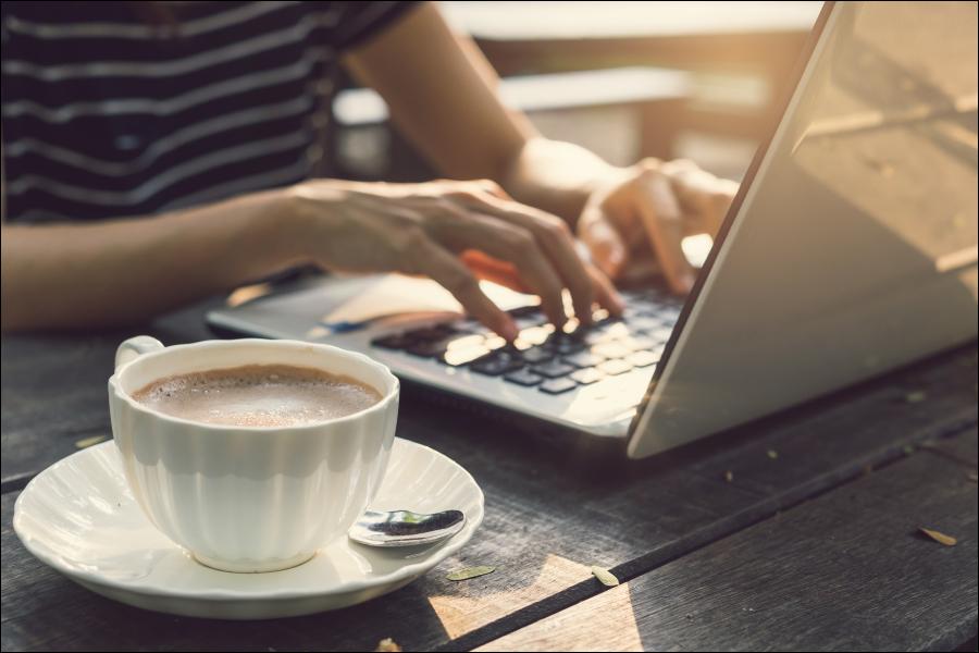blog post typing keyboard