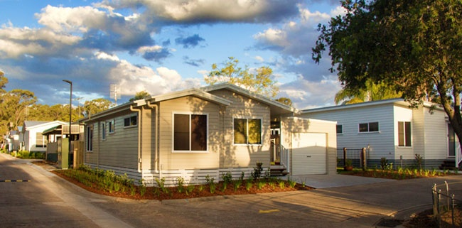 There are many good reasons why modular homes have fast become a popular alternative to traditional stick-built homes in over 55's lifestyle village. Regardless of whether a lifestyle village sells or rents the homes to residents, the benefits to developers apply across the board.