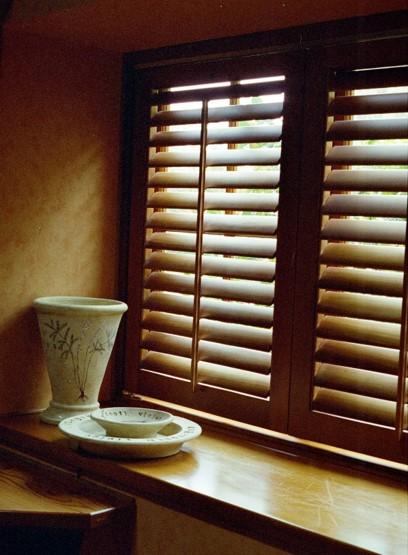 exterior solid wood shutter (1).jpg