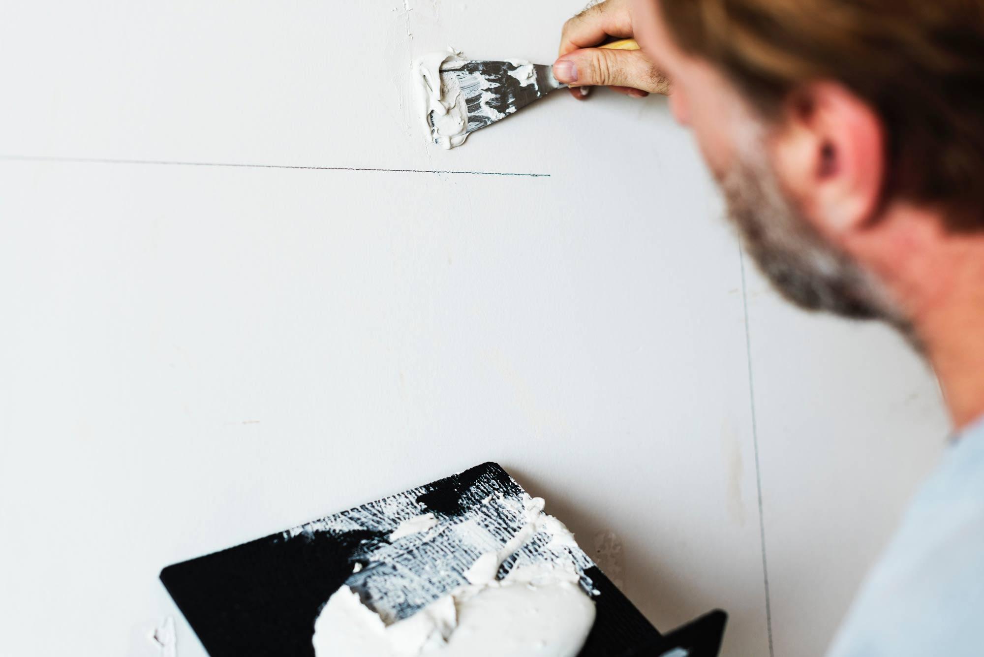 Comment Peindre Un Plafond Sans Trace travaux de rénovation peinture : peindre comme un pro, étape