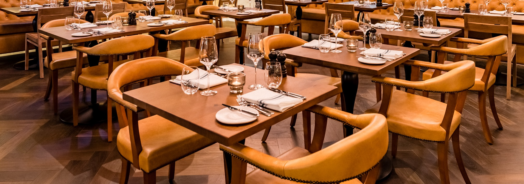 How should restaurant table tops be cleaned in the COVID-19 era?