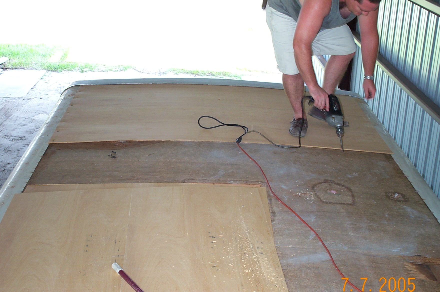 Replacing Your RV Roof: Insist On Formaldehyde Free Luan And No VOC Glue