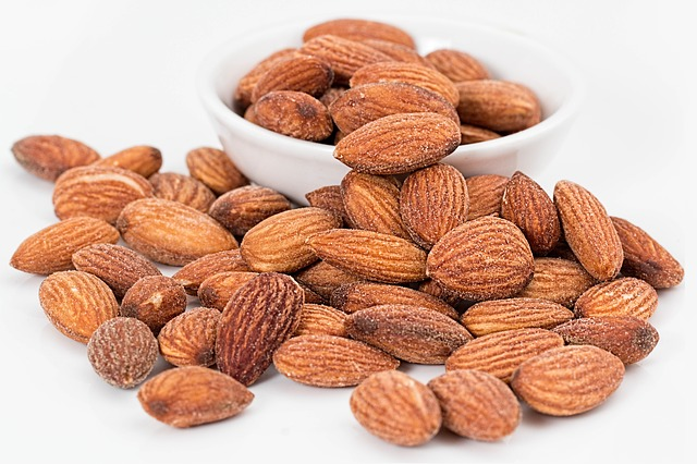 Is there magnesium in nuts?
