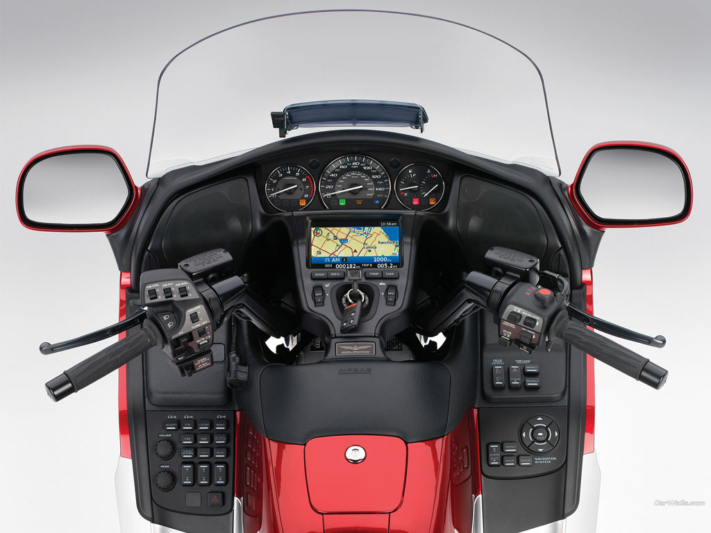 Honda_Goldwing_-gl-1800-dash